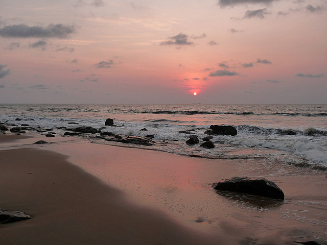 Kribi sunset beach - plage Cameroun