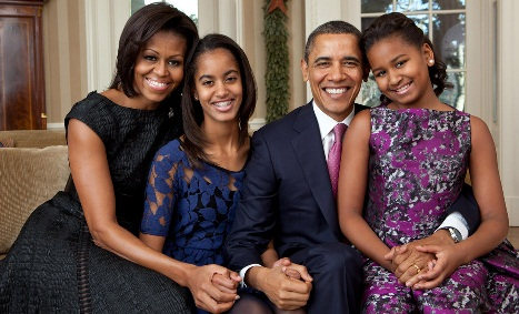 Barack_et_Michelle_Obama_et_enfants