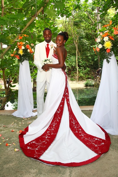 Robe De Mariée Antillaise Et Caribéenne Traditionnelle. Wedding Rings Couple. Creative Wedding Favor Ideas. Wedding Plan Company. Addressing Wedding Invitations In Care Of. Butterfly Wedding Cake Ideas. Wedding Locations Arizona. Wedding Reception Music Indie. Top Wedding Entertainment Ideas