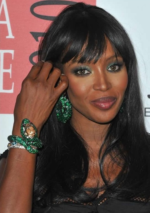 naomi campbell maquillage vert