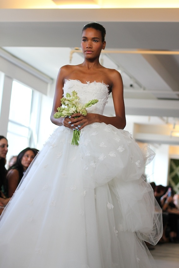 arlenis-sosa-oscar-de-la-renta-bridal-2013-collection-08