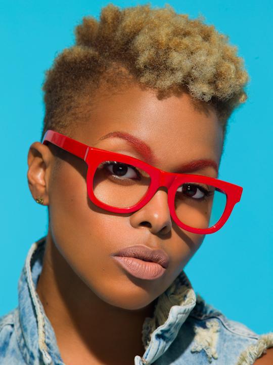 chrisette-michele-lunettes-future-sunglasses