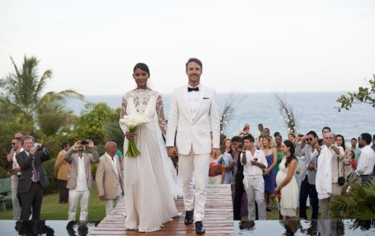 Mariage Plage Costume Homme : Afroculture � mariage de stars emanuela paula amp gaston levy