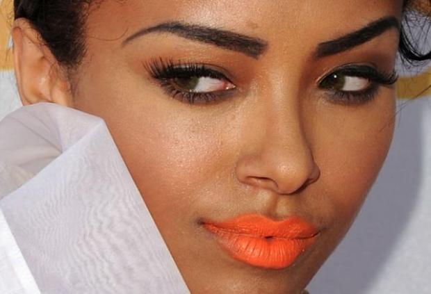 maquiagem-para-pele-negra-batom-laranja-620x620r