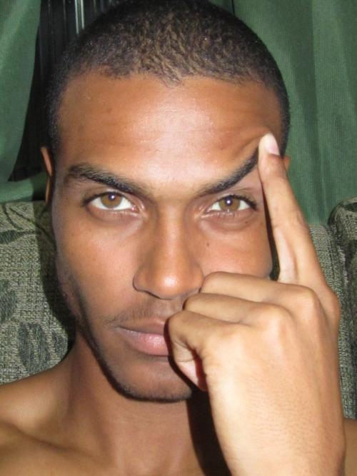 rael-costa-hazel-brown-eyes2