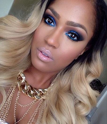 maquillage-bleu-femme-noire