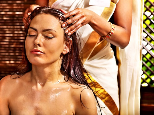 massage-huile-de-moringa