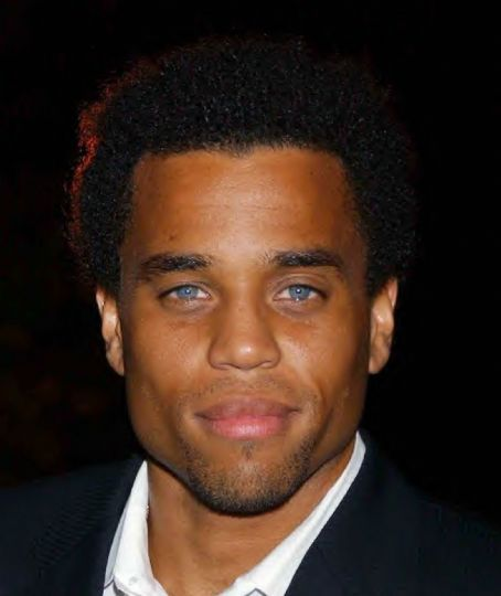 micahel-ealy-blue-eyes