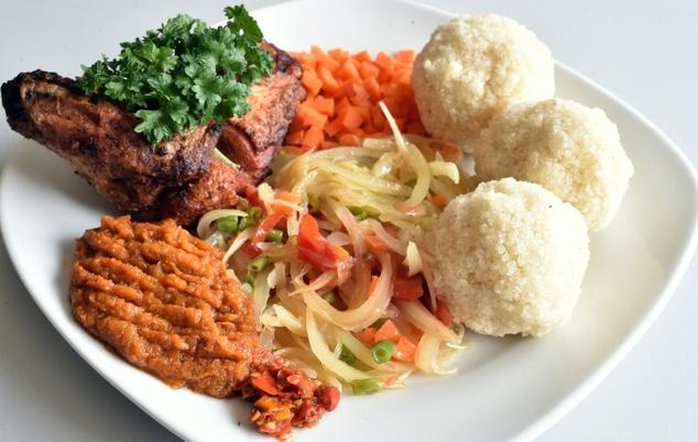 Le poulet brais est un plat tr s connu dans toute l for Abidjan net cuisine ivoirienne