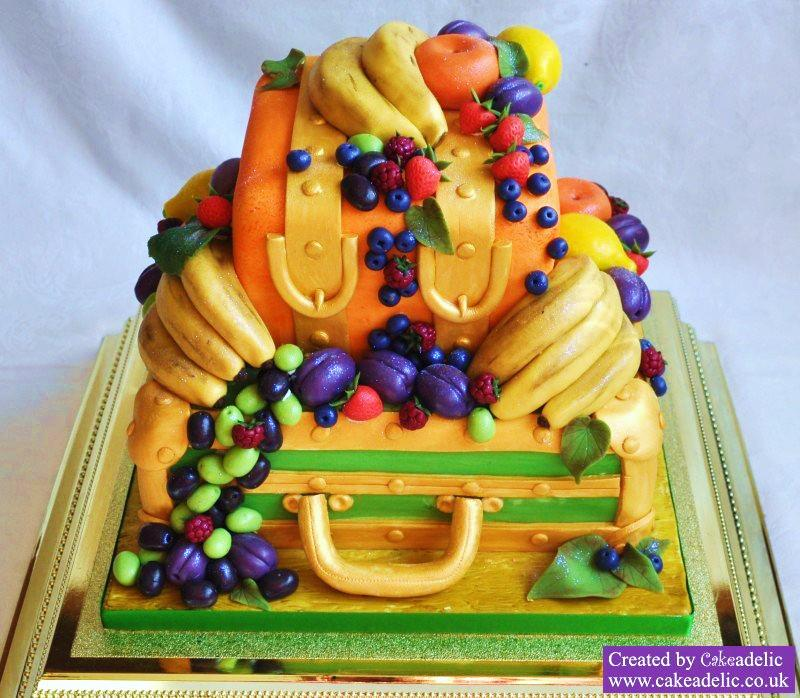 nigerian-traditional-wedding-cakes-fruits