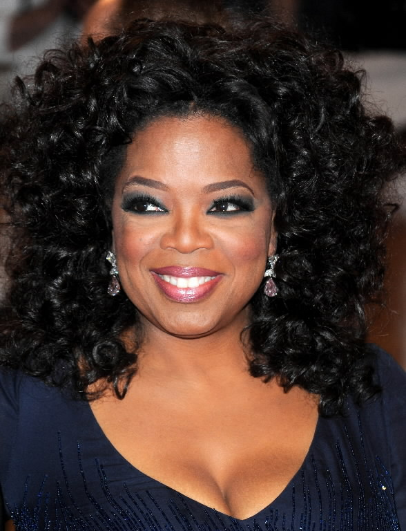 Oprah-Winfrey-Africaroots-stars-and-personnality-afro-american