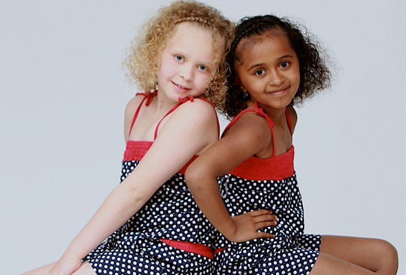 black-and-white-twins-kian and remee