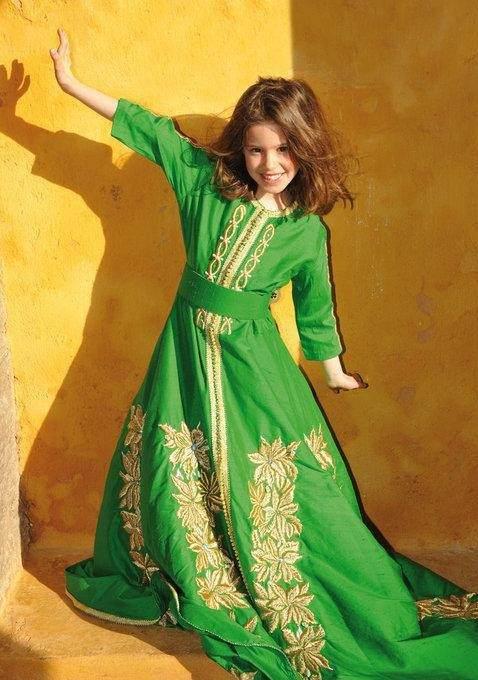 Les enfants en tenue traditionnelle africaine - Caftan-Maroc