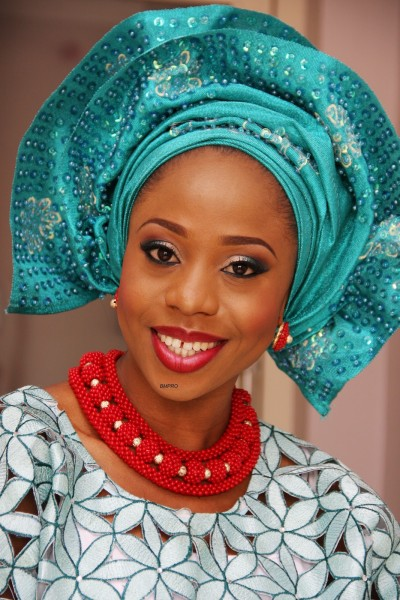 BMPRO_bellanaija_weddings_nigerian_bride_Yetunde_sequins_gele-400x600