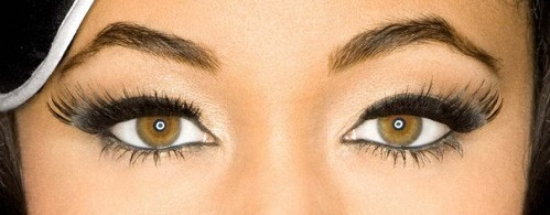 Raven Symone- Hazel brown eyes -noir aux yeux noisettes -