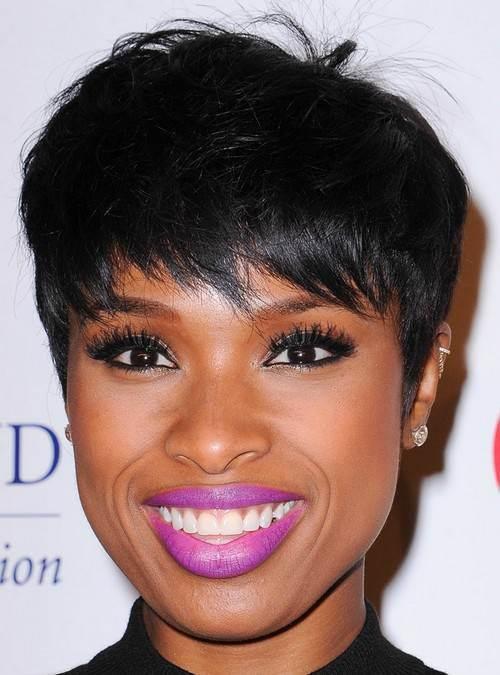 Coiffure femme noire coupe courte