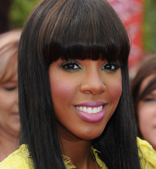 kelly-rowland-green-pink-makeup590do060211-504x546