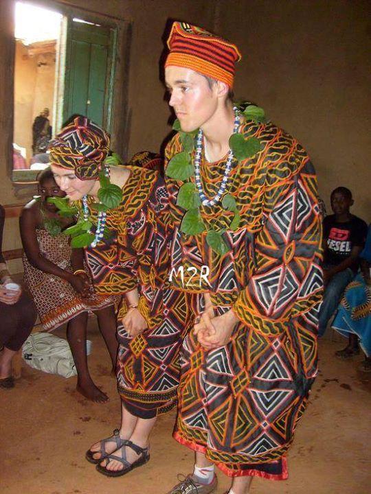 tenue traditionelle - Toghu (11)