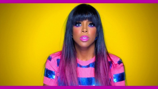 kelly-rowland-maquillage-violet