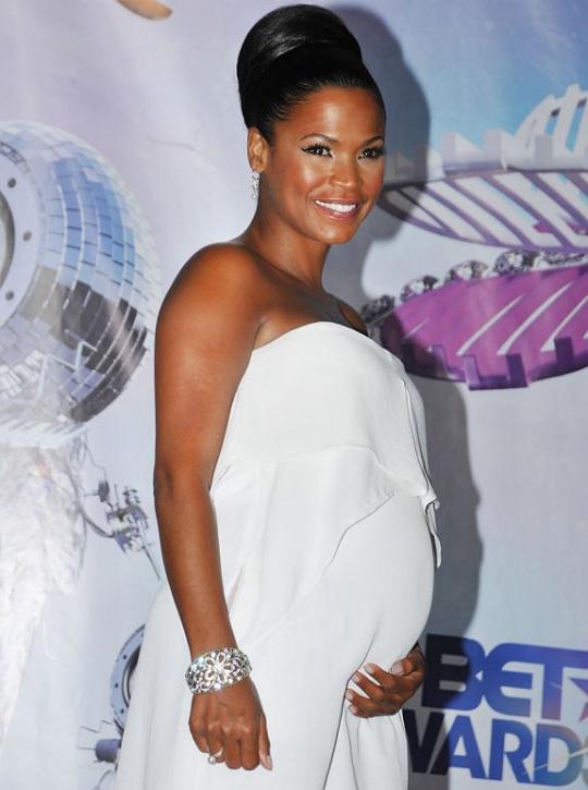 nia-long-enceinte-pregnant-1