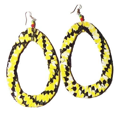 boucles-doreille-jaune-creoles-en-tissu-africain-wax-hoop-earrings