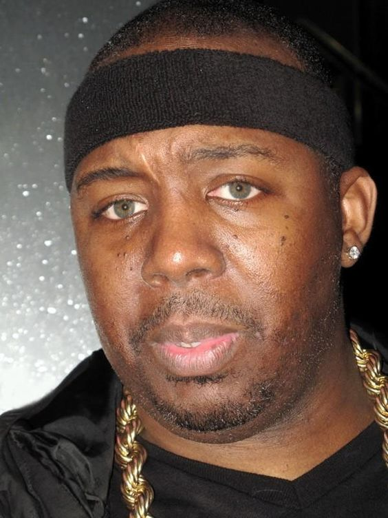 erick-sermon-rapper-erick-sermon-has-olive-green-eyes