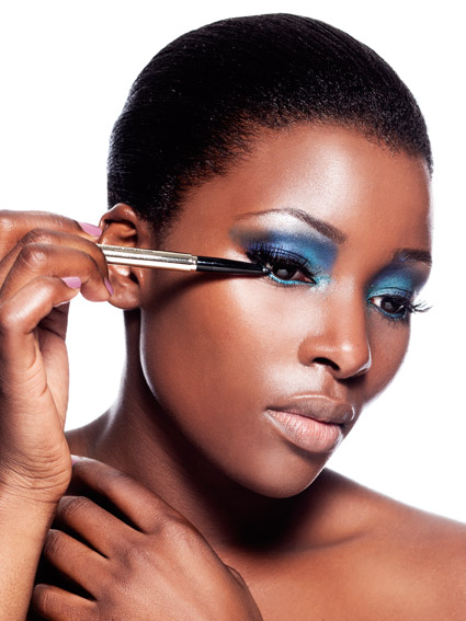 maquillage-bleu-black-woman