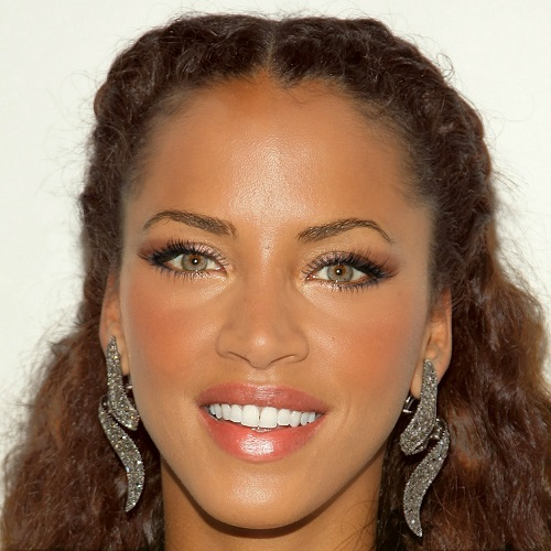 noemie-lenoir-green-eyes