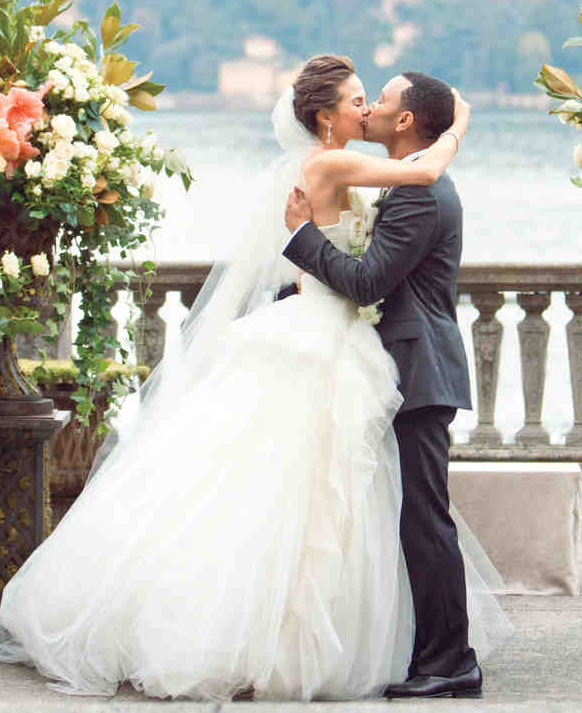 Chrissy Teigen Model Wedding Dress